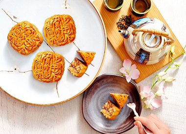 5 Unique Mooncakes You Can Get At The Malls of Frasers Property Singapore